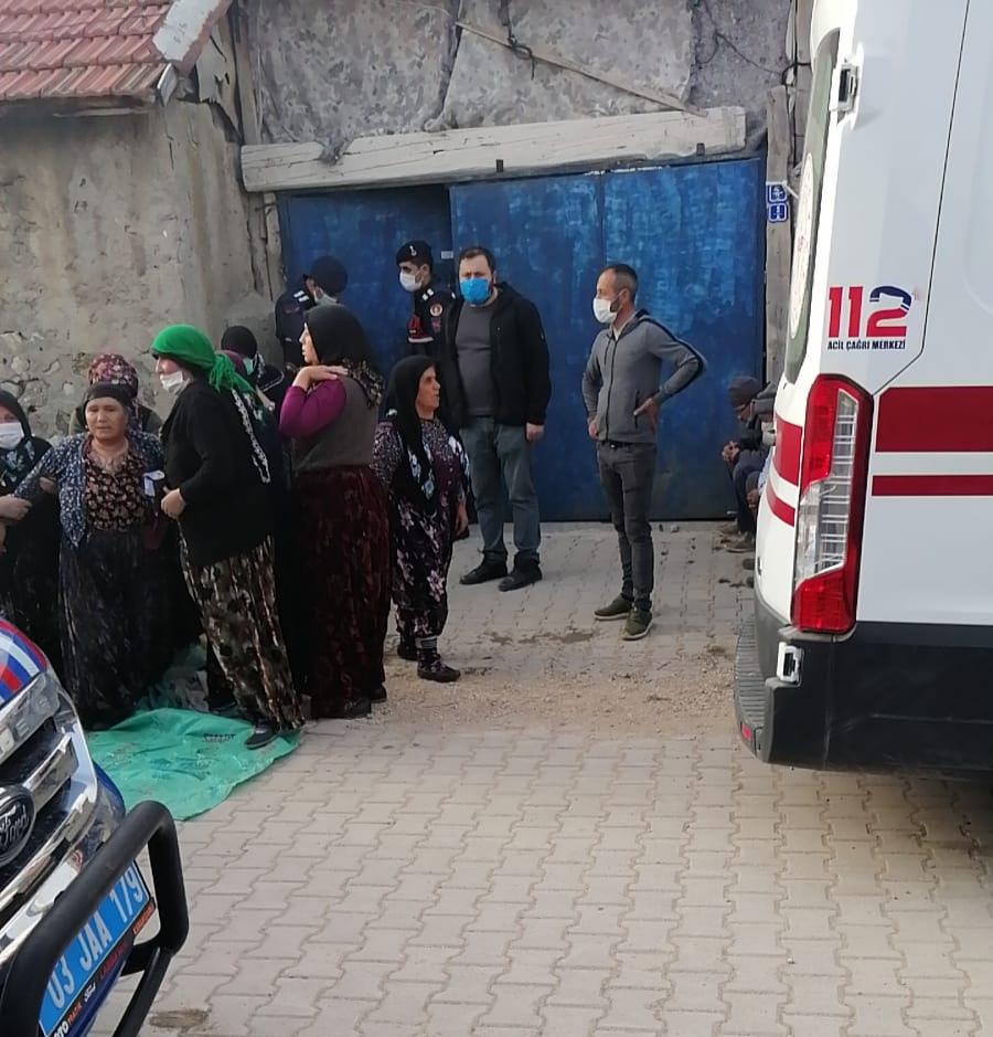 Tatarlı Kasabasında İntihar Eden Vatandaş Hayatını Kaybetti