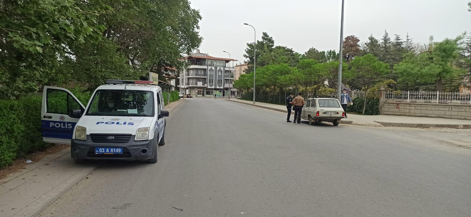 Dinar'da Tam Kapanma Denetimleri Sürüyor